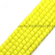 Бисер Желтый кубик ( Сырный кубик ) 4 мм, 10 шт