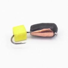 Мормышка Гвоздекубик с желтым кубиком, чешуйка медь ( Сырный кубик ) 3 мм